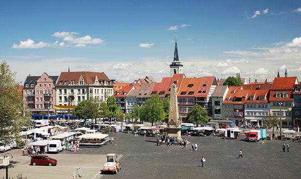 Auf dem täglichen Markt (Montag bis Samstag) werden vorwiegend regionale Produkte verkauft.