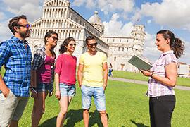 Bild Nebenjob als Stadtführer – Stadtführerin mit Touristen