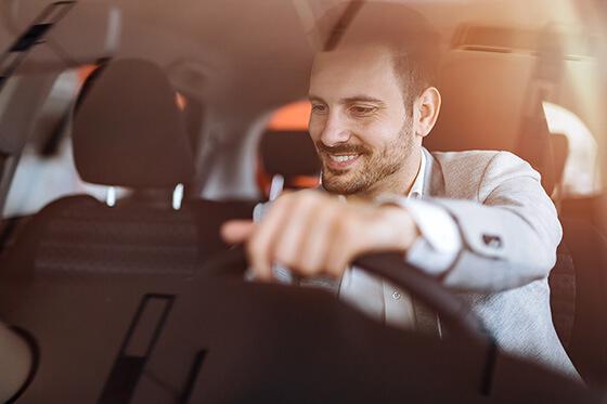 Bild Nebenjob als Überführungsfahrer – Als Überführungsfahrer hat man die Gelegenheit, regelmäßig neue und schicke Autos zu fahren.